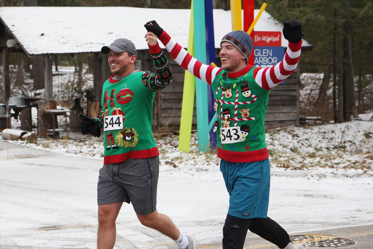Christmas Miracle Mile/Ugly Sweater Dash